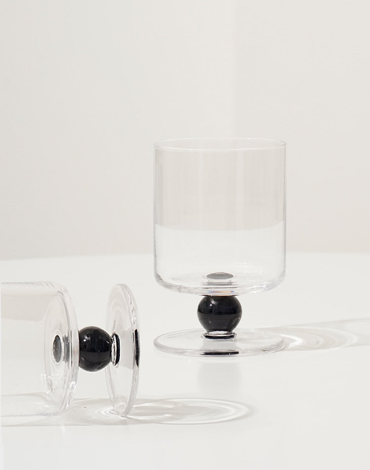 Borosilicate clear Glass with dot base handle glass cup