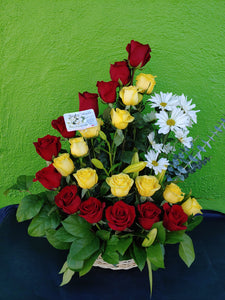 V9 -  Grand Staircase Red and Yellow Rose Basket