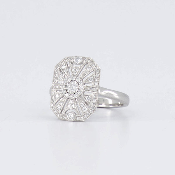 Art Deco style Ring 18ct Diamonds