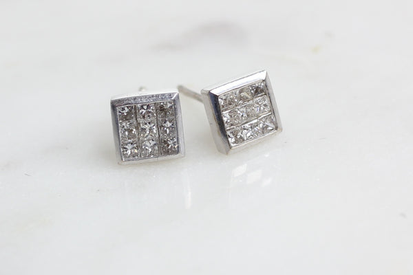 18ct Princess Earrings.