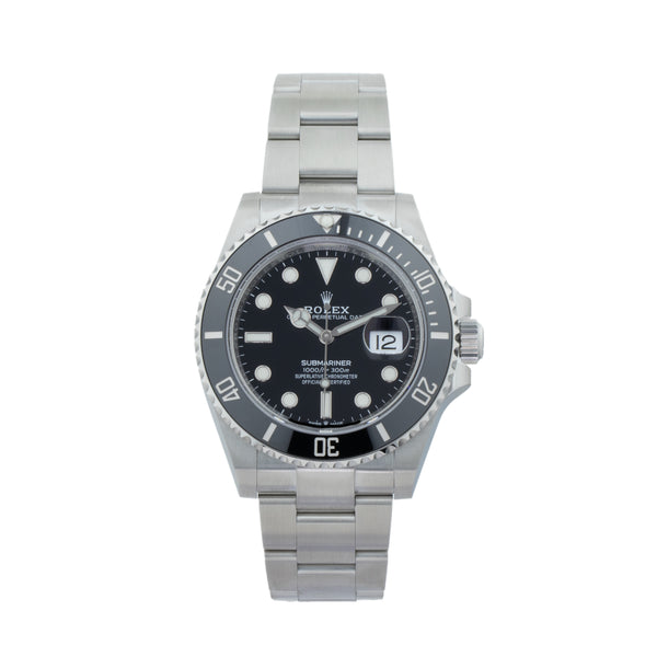 ROLEX SUBMARINER DATE 41 126610LN . Brand Rolex Model Submariner Model Number 126610LN Gender Men Movement Automatic 3235 Case Size 41mm Wrist Size 7.5 inches Case Material Stainless Steel Bezel Steel Crystal Sapphire  Bracelet Stainless Steel oyster Dial  Black Condition Unworn Approximate Age 2020 Box Yes Paper Yes Warranty comes with one year SLW warranty Notes ENTER Notes