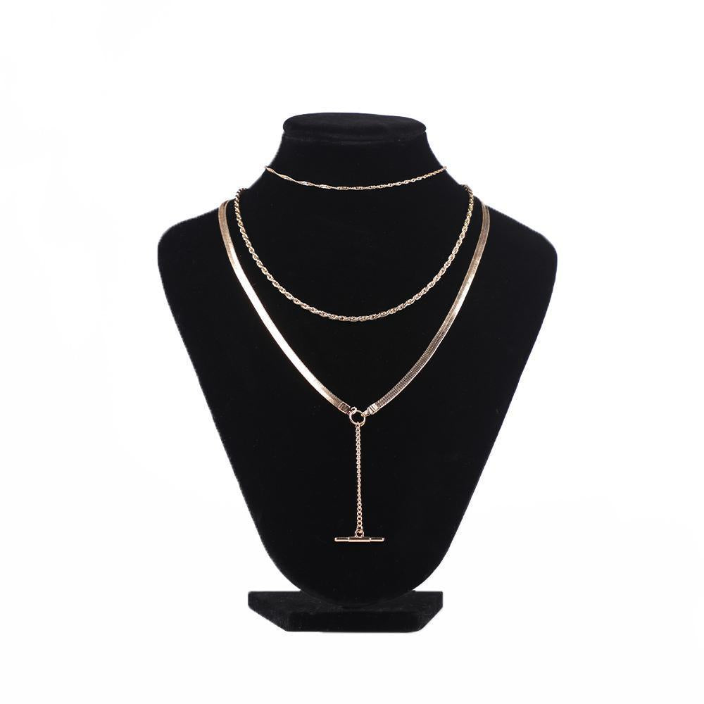Three-Layered Lariat