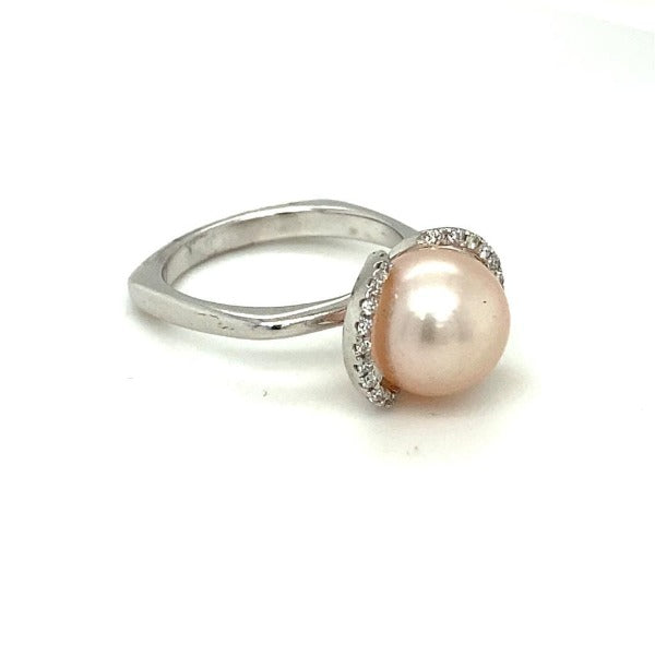 Freshwater Pearl and 0.20 CT. T.W. Diamond Ring in White Gold - LA DIAMOND