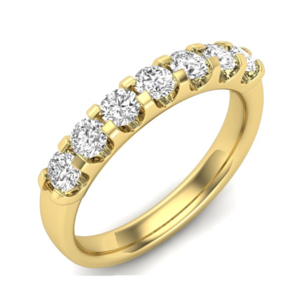 1/4 CT. T.W. Diamond Seven Stone Anniversary Band in 14K Yellow Gold