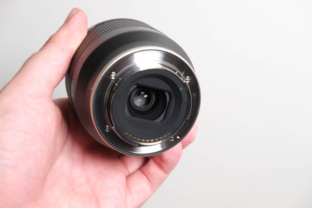 TAMRON 20mm f2.8 Di III  Sony Mount