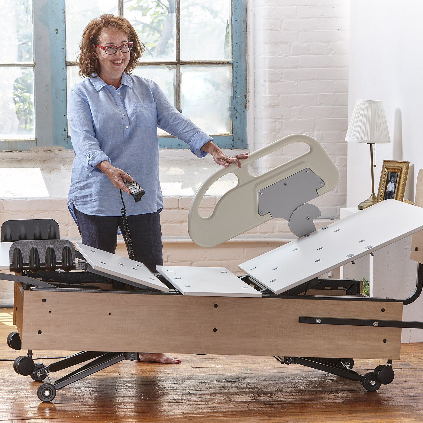 Multi-position adjustable bed