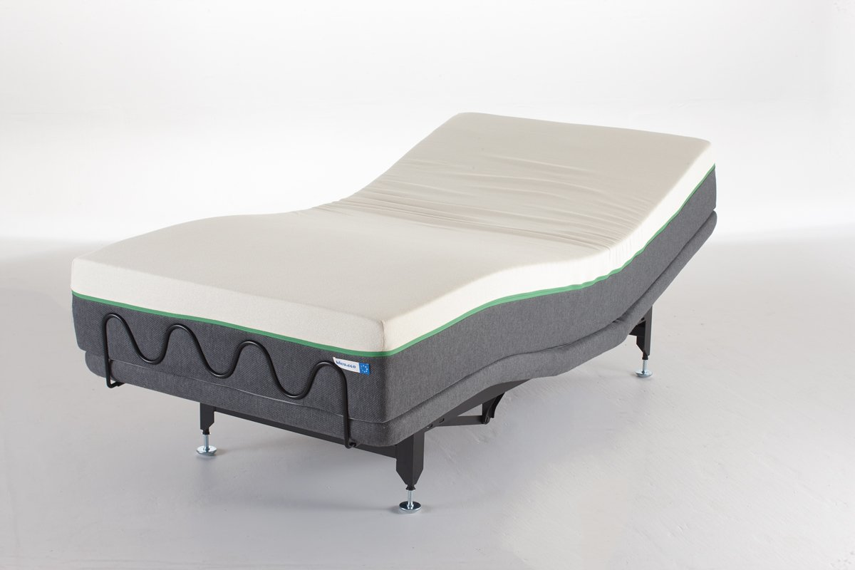 Electric hinged bed en.bleu.eco Bed base. From $1295.00 to $1495.00. 40504-SXL. adjustable bed, adjustable bed base, AGREEMENT, articulated bed, bed base, bedspring, electric hinged bed, electronic bed, endy, evaluation mattress, funding, leesa, made in quebec, myessentia, polysleep, Quiet, relaxation