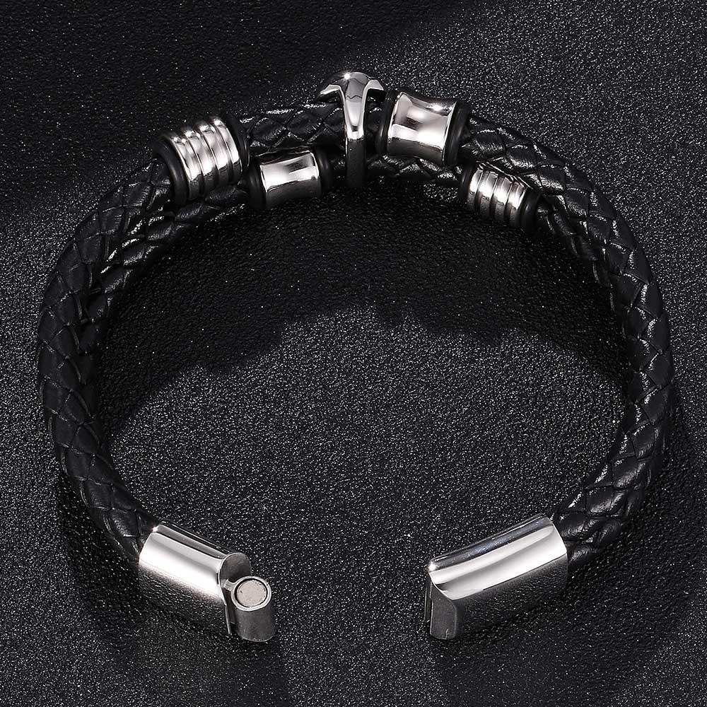 Skull Rotation Titanium Steel Braid Leather Bracelet