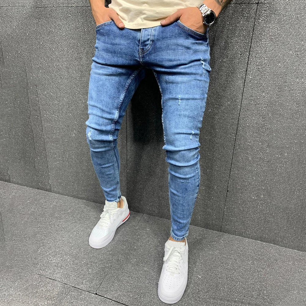 Men Solid Tapered Leg Jeans