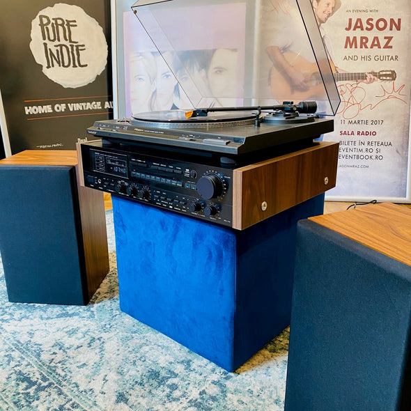Vinyl Player (Complete Audio System with Amp and Speakers)