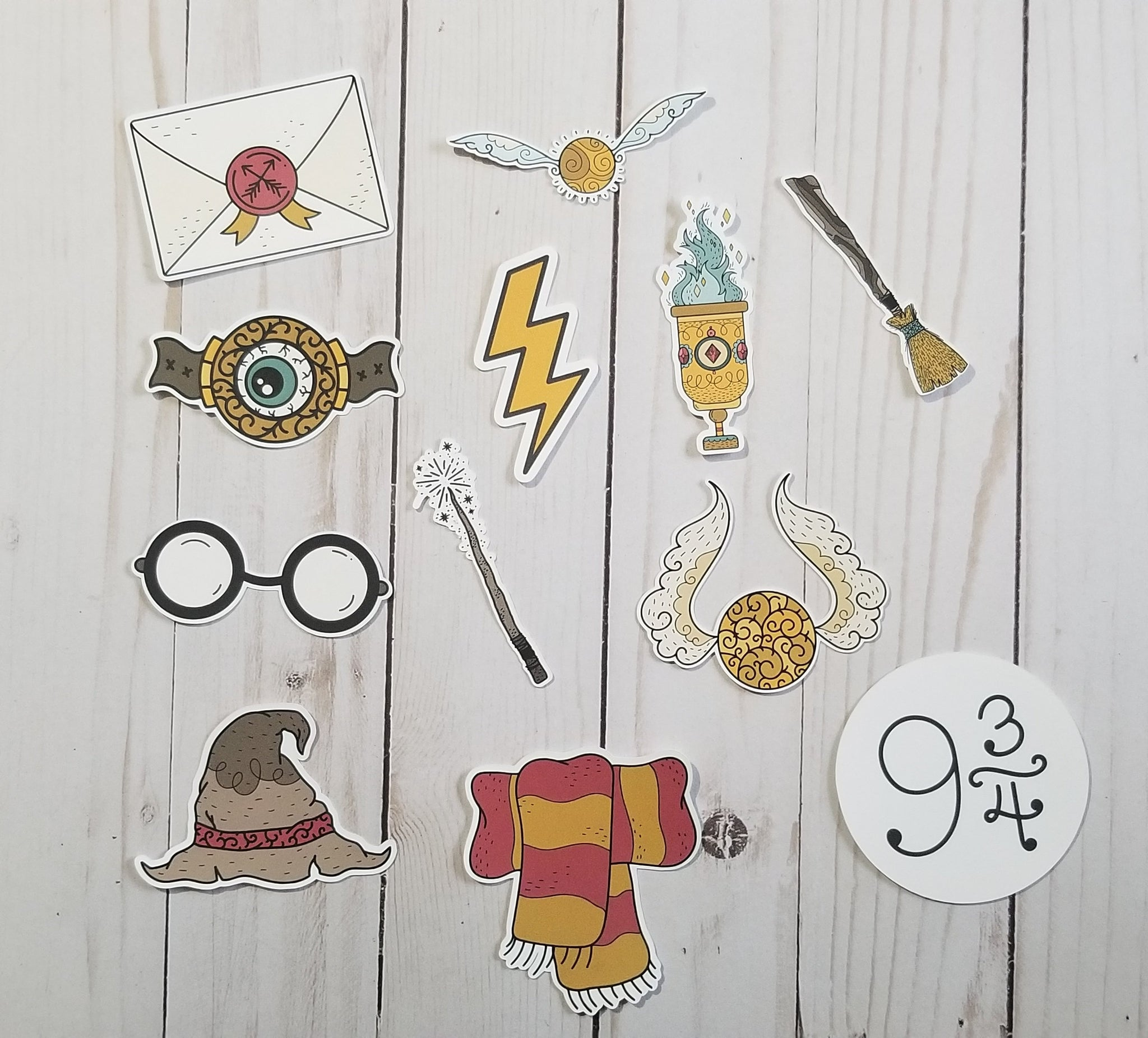 Wizard School Inspired Die cuts / Red and Gold / Wizards / Wizard Boy /  Die Cut Set  / TN Die Cuts / Craft Die Cuts / Scrapbook Die Cuts