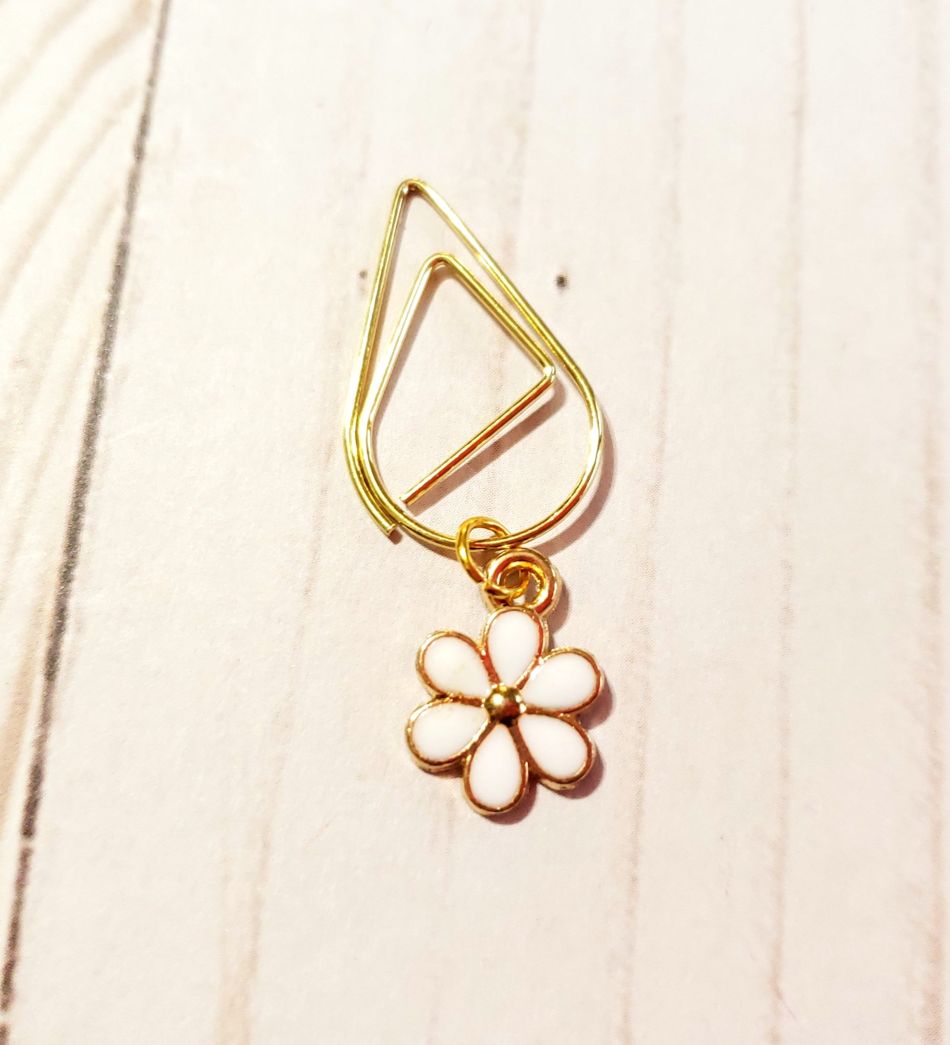 Flower Planner Clip / Planner Charm / TN Clip / TN Charm / Dangle Planner Clip / Dangle Planner Charm / Planner Accessory