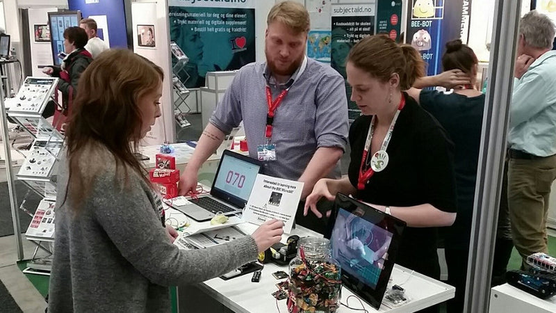 Kitronik & Hands-On Science At The SETT Show