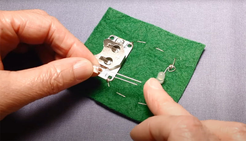 Getting Started with E-Textiles: Basic Circuit with Standard LED featured image
