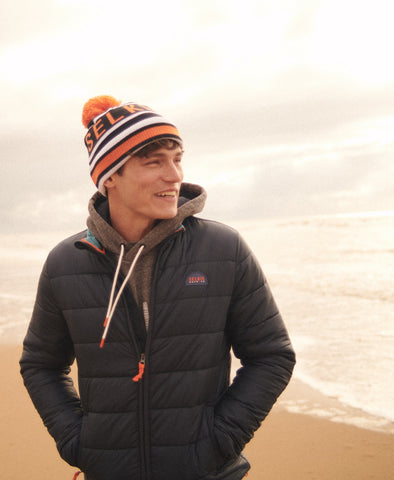 BOBBLE HAT - NAVY & ORANGE