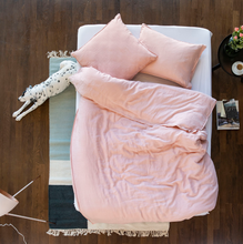Load image into Gallery viewer, LaVie Bed Linen LINUS BLUSH
