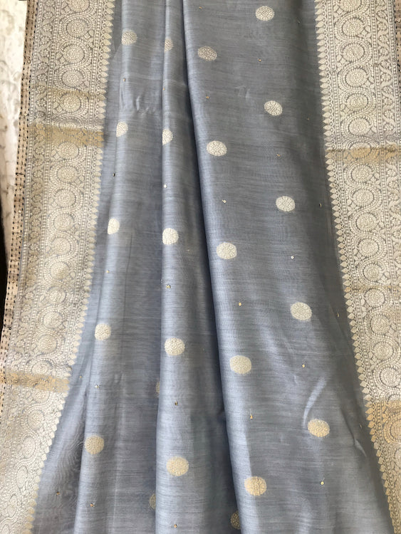 Ela Cerulean Blue Grey Cotton Booti Saree