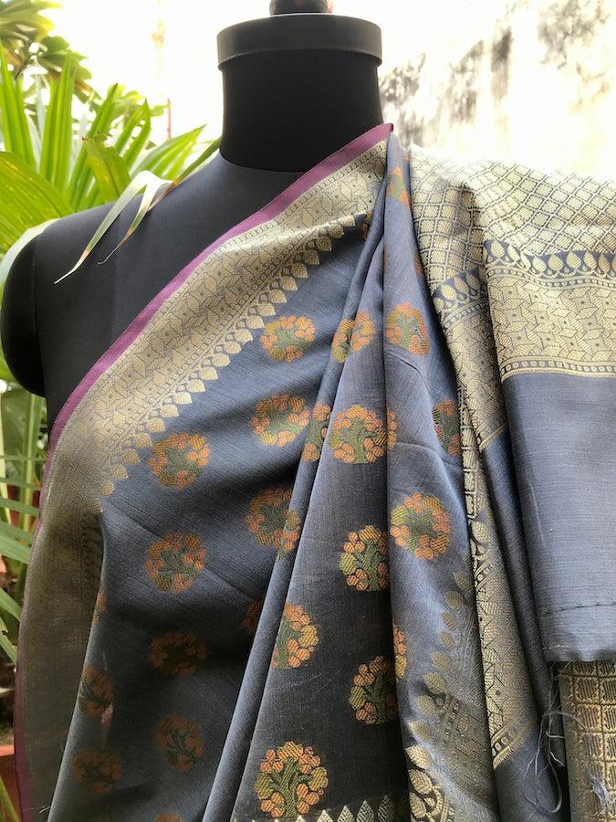 Saleti Grey Cotton Saree