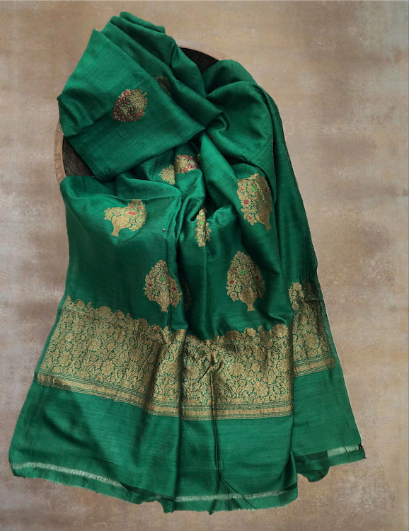 Green Boota Matka Georgette Saree