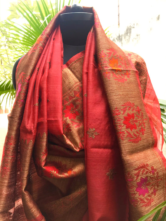 Omaira Chilly Red Tussar Sari