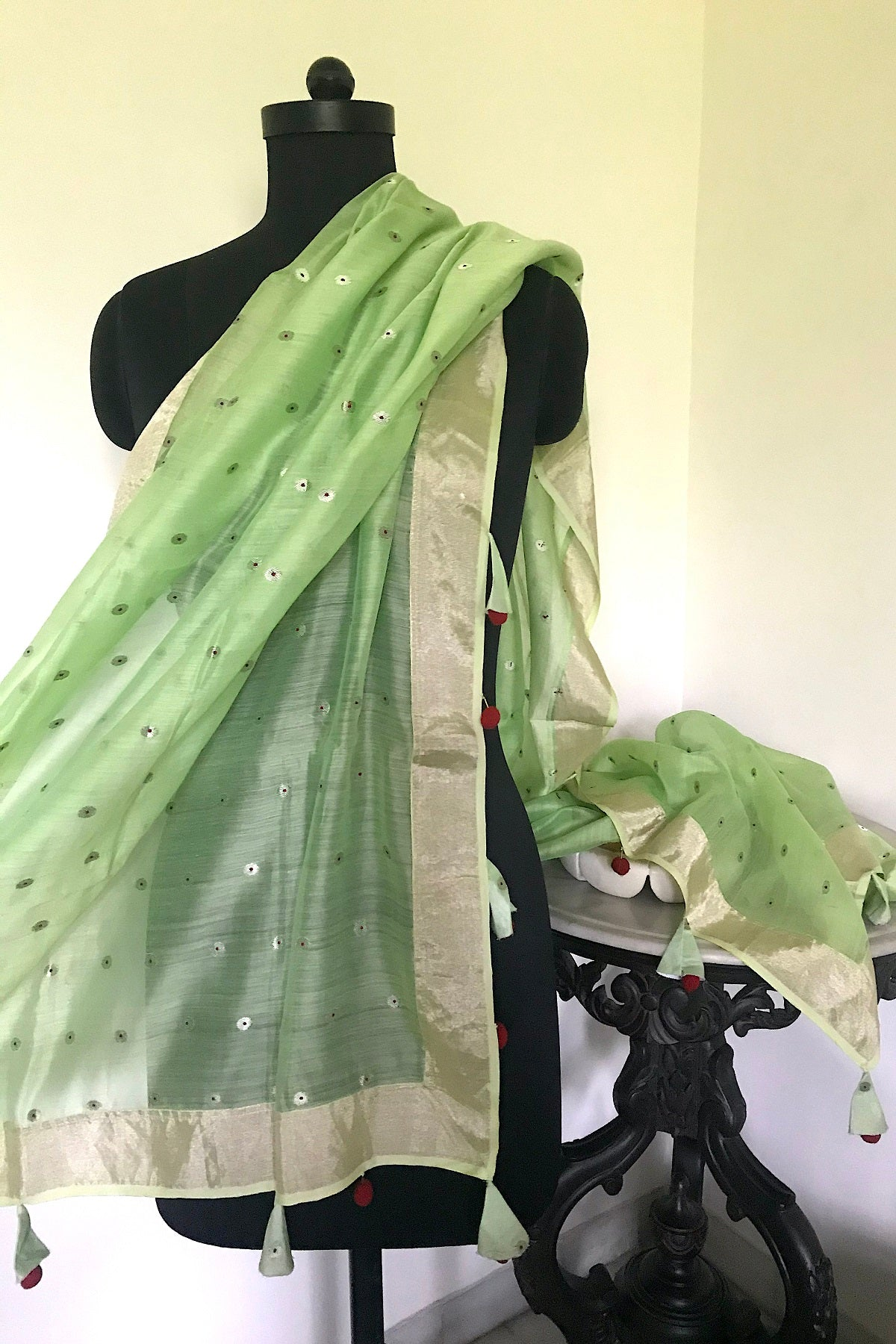 Vanilla Green Cotton Polka Dupatta