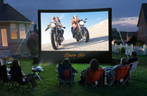 Set up your inflatable screen for a patriotic film festival!