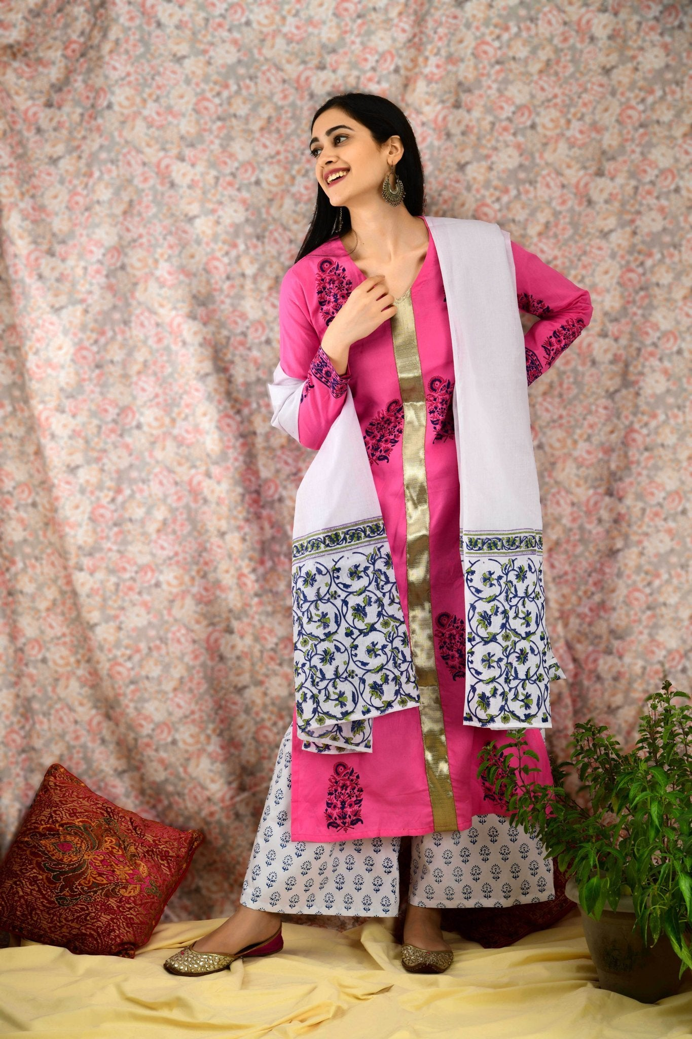 Pink & White Printed kurta set