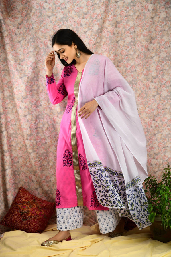 Pink & White Printed kurta set - Baandhani Clothing