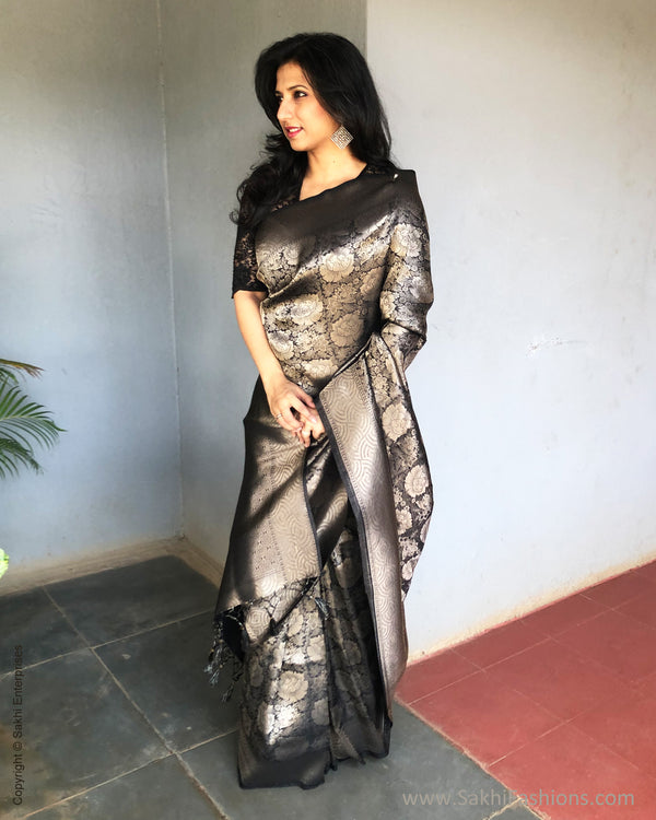 EE-S25371 Banarsi Black Saree