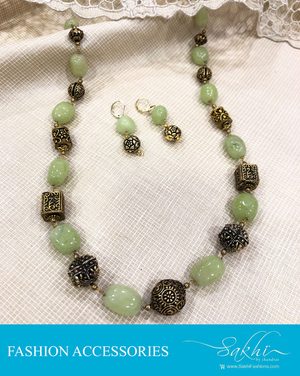 AJDS-0970 - Green &  Fashion Accessory Mala