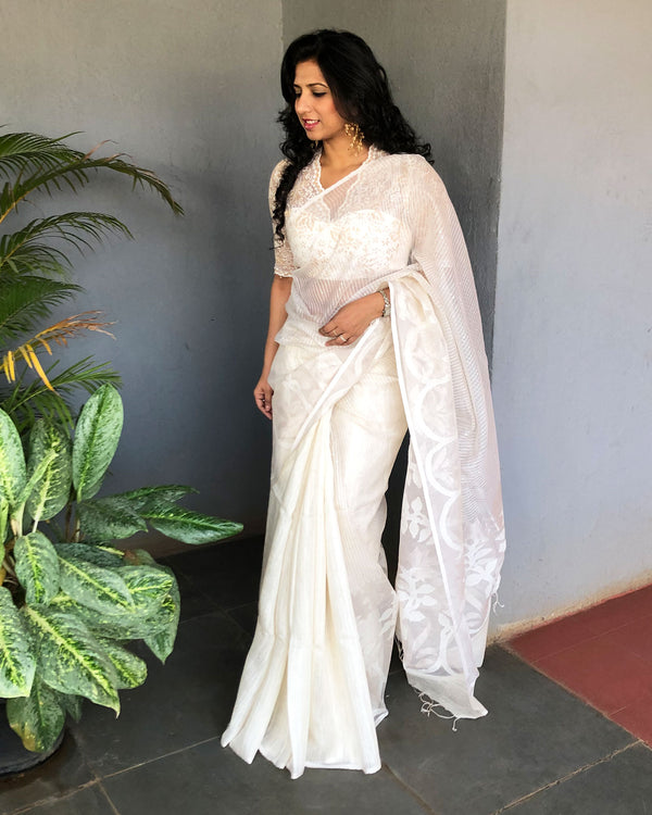 EE-S19100 - White &  pure Matka silk Saree