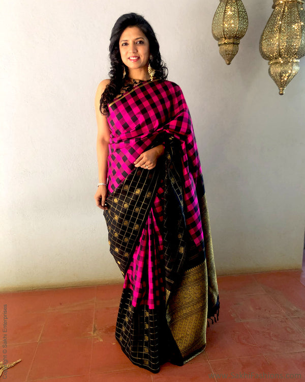 EE-S21597 - Pink & Black pure kanchivaram silk saree