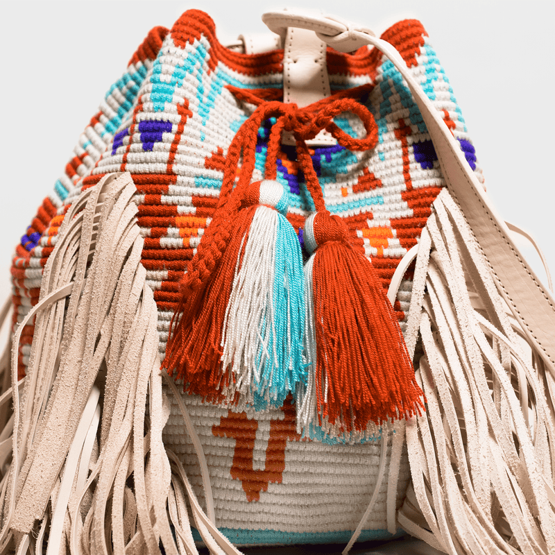 Boho chic bag with leather tassels