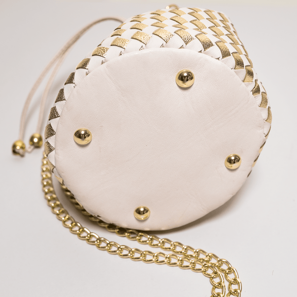 Cream woven leather bag Bucket bag with chain shoulder. Handmade in Italy