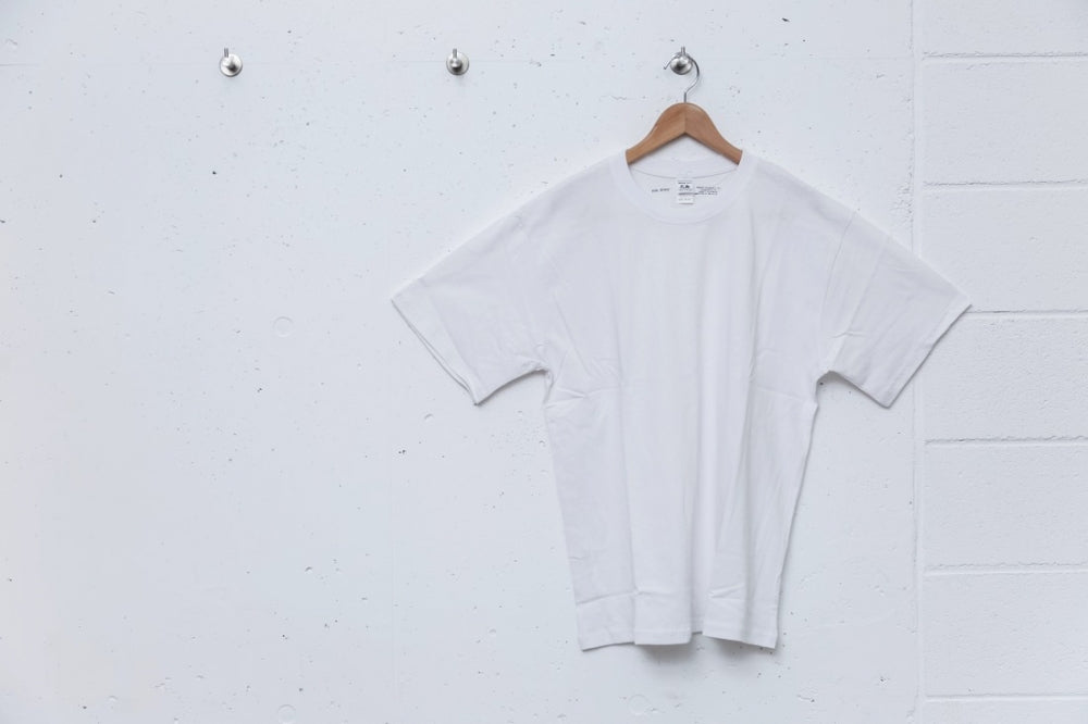FRUIT OF THE ROOM S/S Tee(WHITE)