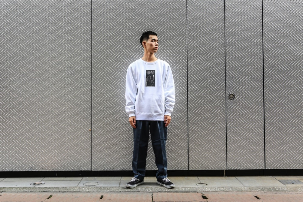 DAWN DEYS CREWNECK SWEATSHIRT (WHITE)