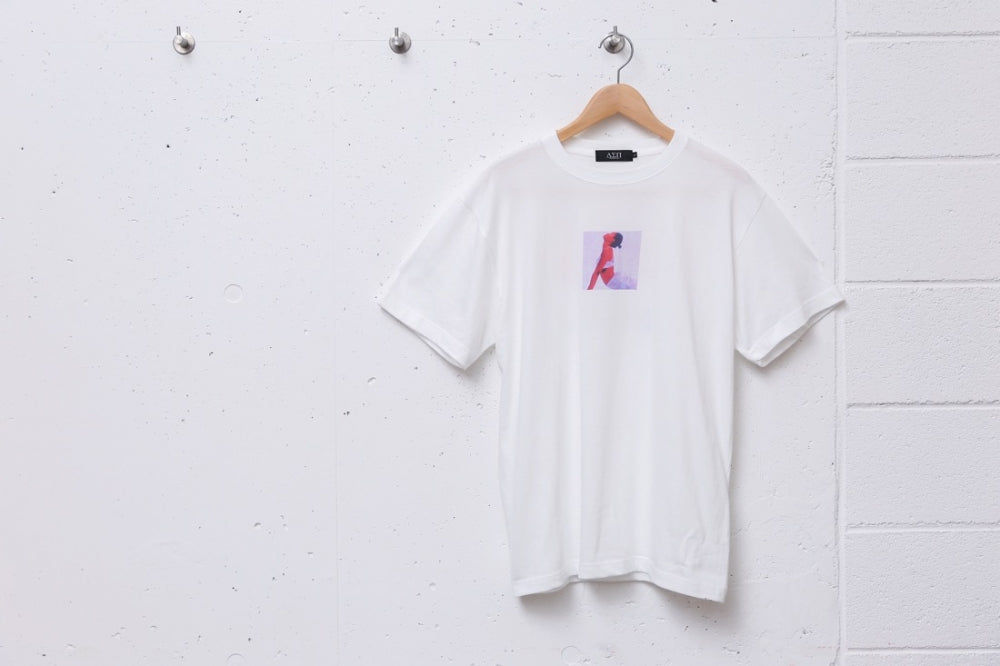 TWENTY ONE TEE (WHITE)