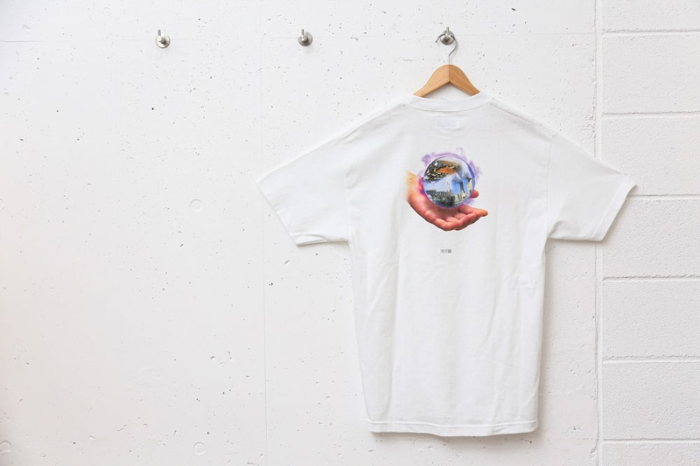 CRYSTAL BALL TEE (WHITE)