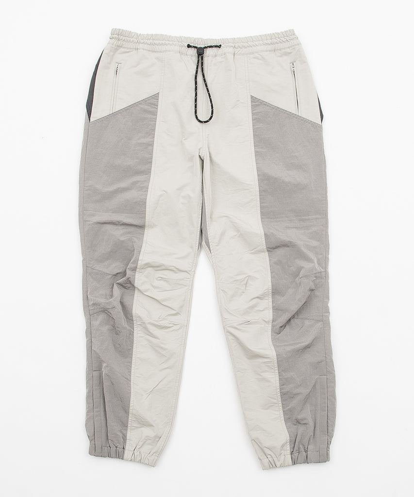 COLOR BLOCKED NYLON TRACK PANT(SAND) -BAL