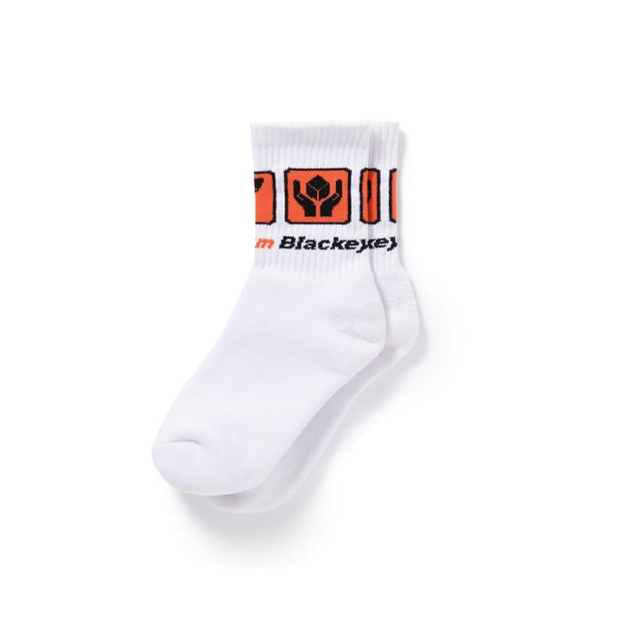 HANDLE WITH CARE SOCKS(WHITE) -BLACK EYE PATCH