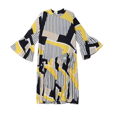 Long Flare Sleeve Pattern Pleated Loose Women Dress