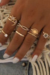 Bomshe 8-piece Gold Ring