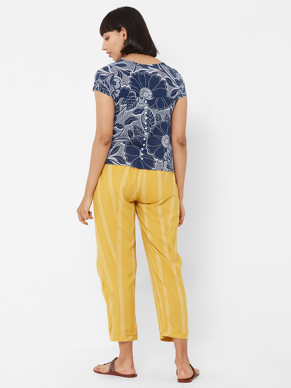 ZOLA Printed Top paired with Striped Pant Set with Pockets Blue