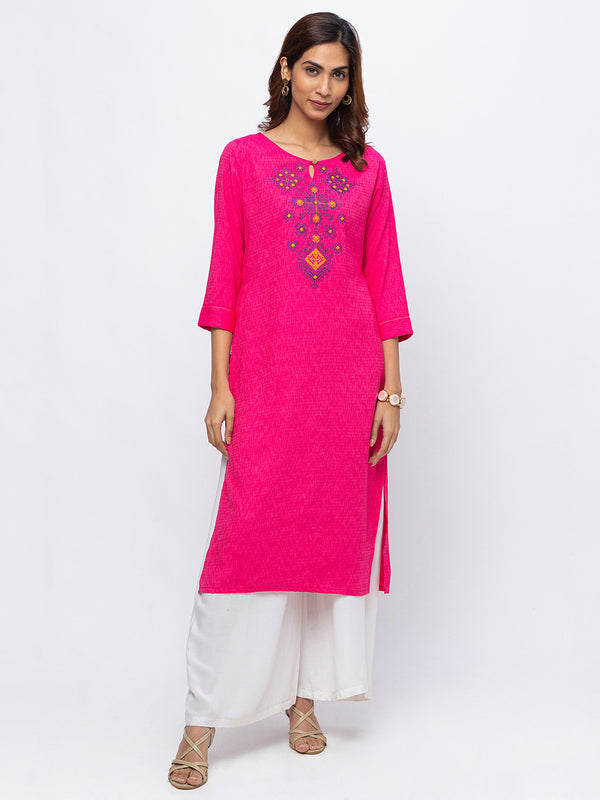 ZOLA Pink Round Neck Embroidered Kurta for Women