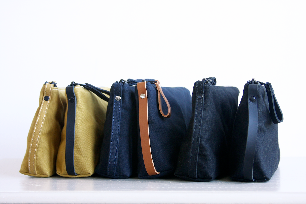 Reggie the pouch by Baxley showing all six colour options