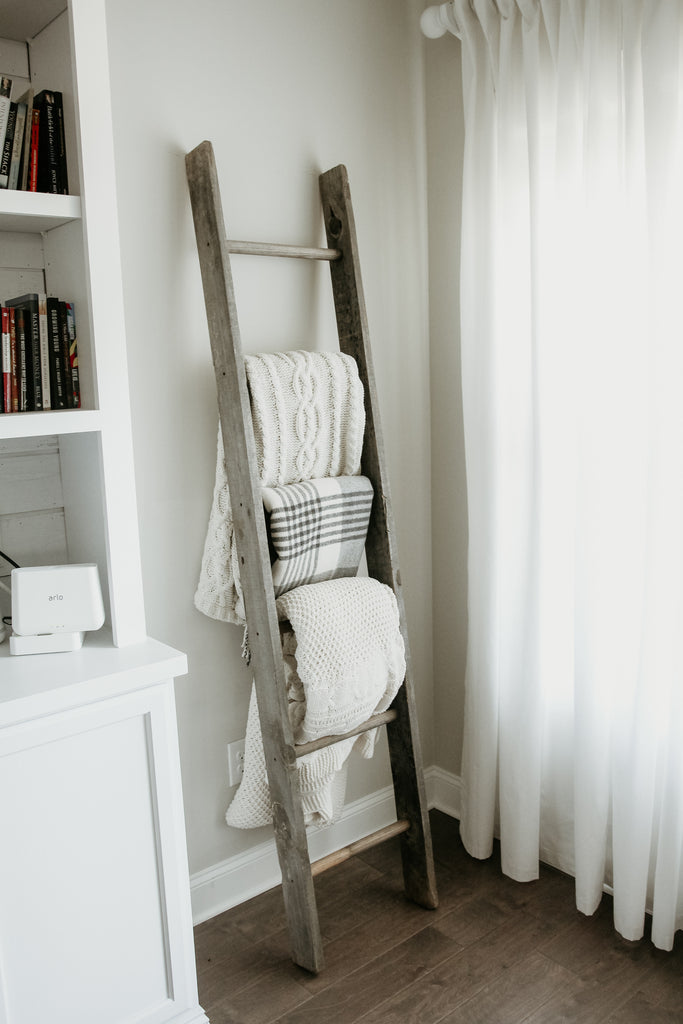 ladder shelf upcycling idea