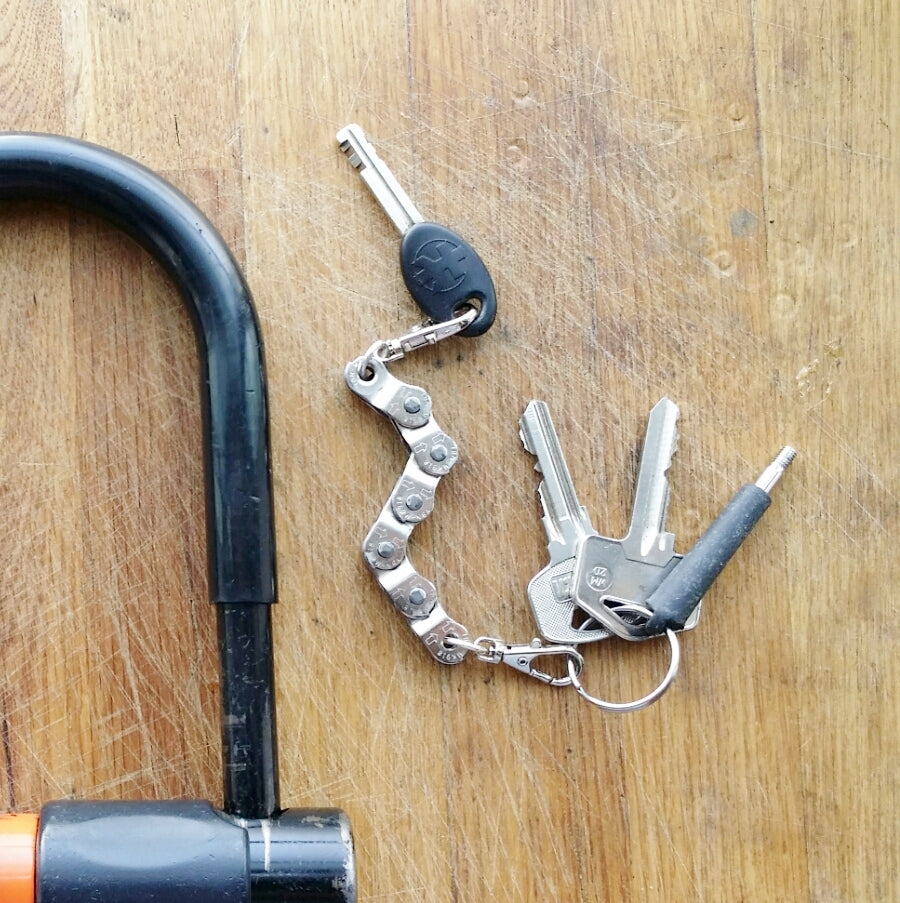 Recycled Bike Chain Vegan Keyring by Paguro Upcycle