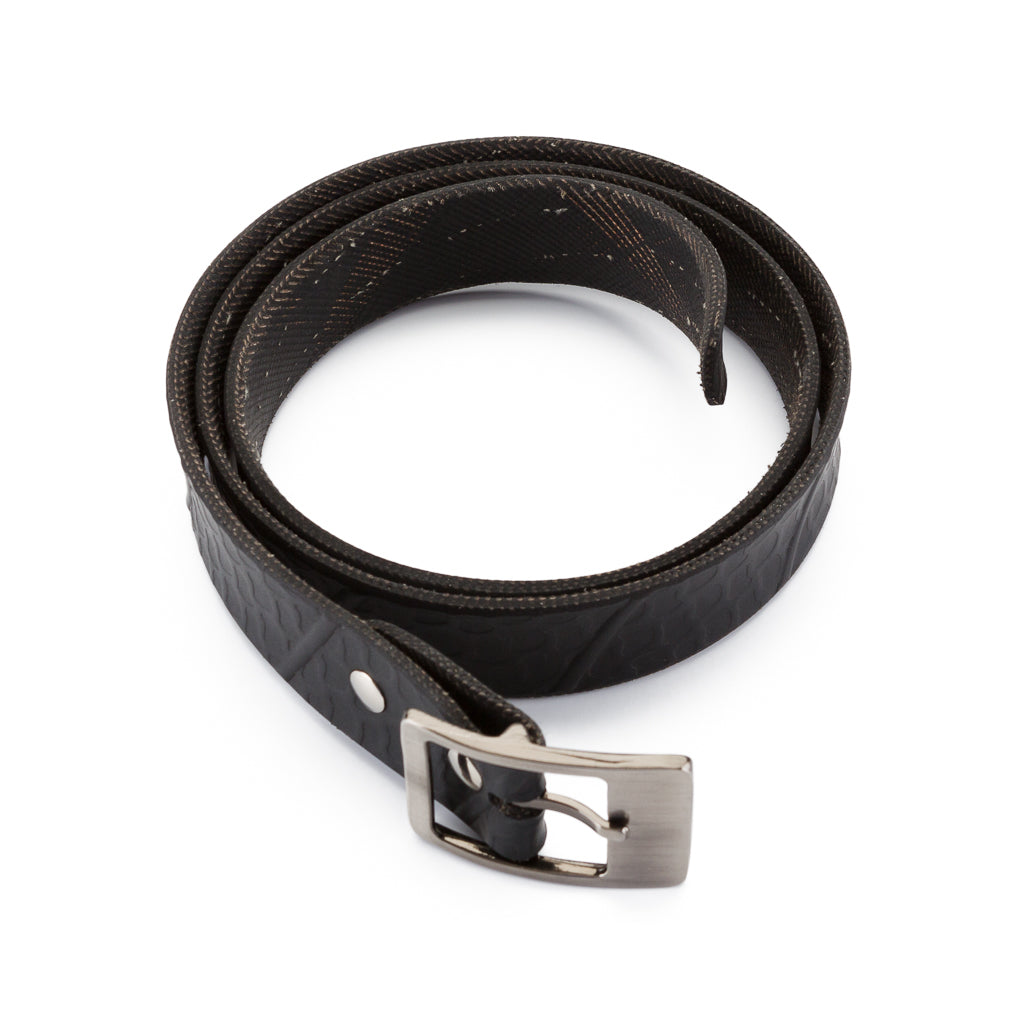 Vegan biker belt made from upcycled tyres
