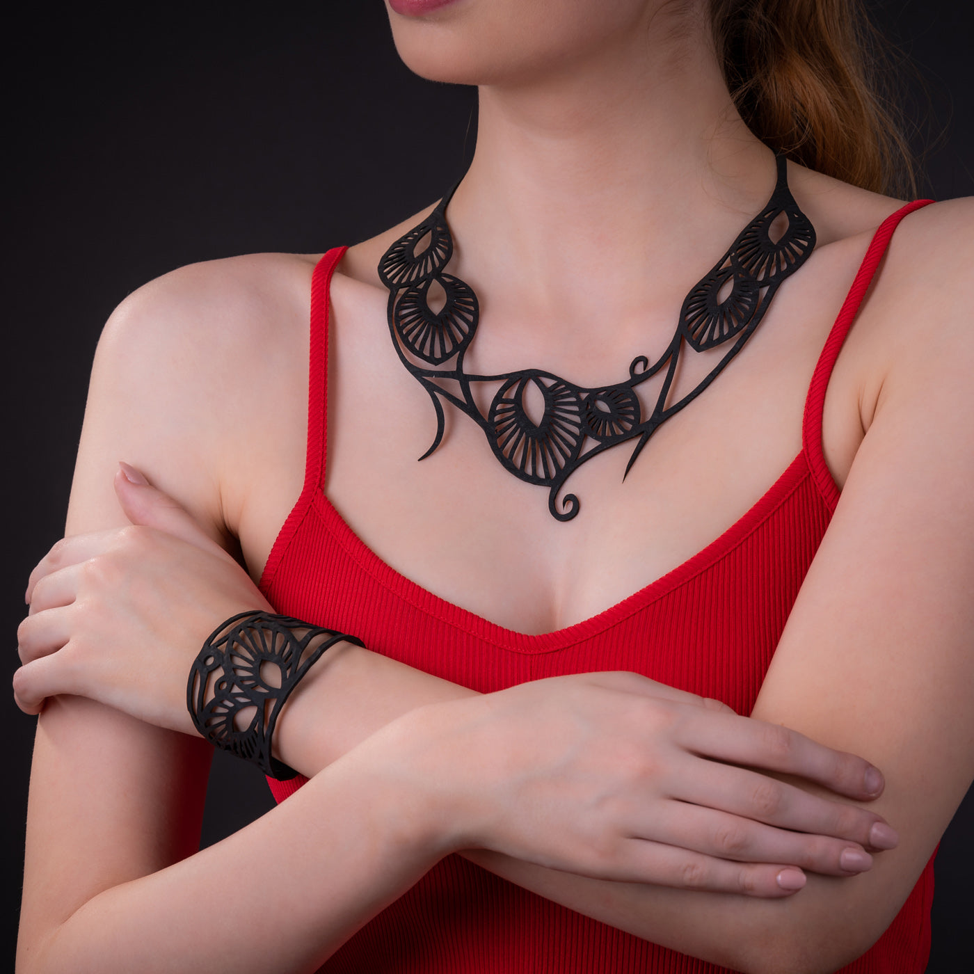 Leaf Art Nouveau Inner Tube Necklace by Paguro Upcycle