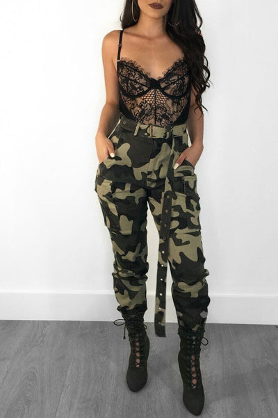 La Mode Femme en Pantalon Cargo Camouflage Jungle